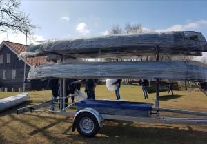 Voor de welpen hebben we de kano's vernieuwd